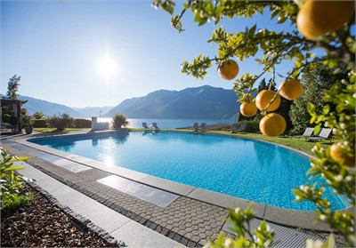 Parkhotel Brenscino Brissago - Outdoor Pool - Seminarhotels Schweiz - MICE Service Group